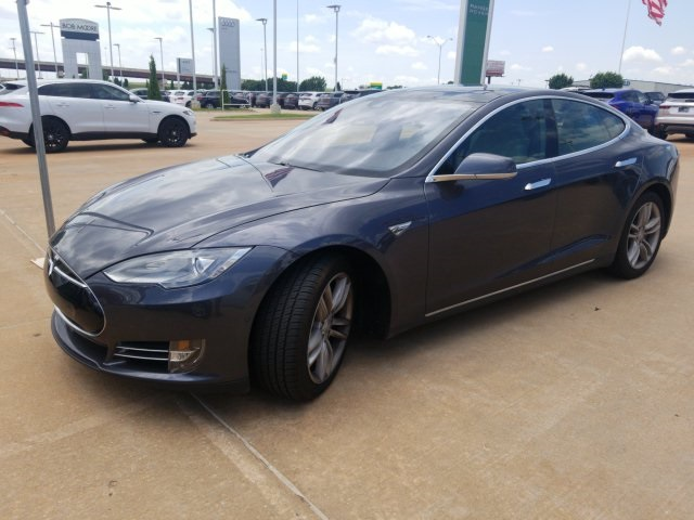Pre-Owned 2015 Tesla Model S 85D